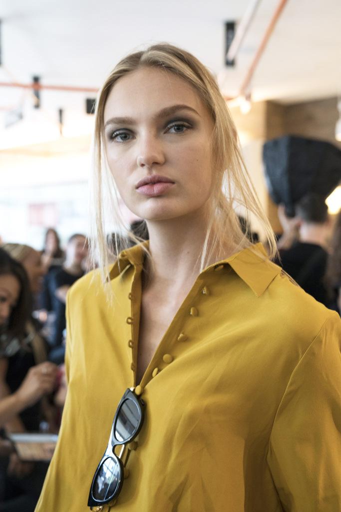 Модный макияж 2018 с эффектом дымки