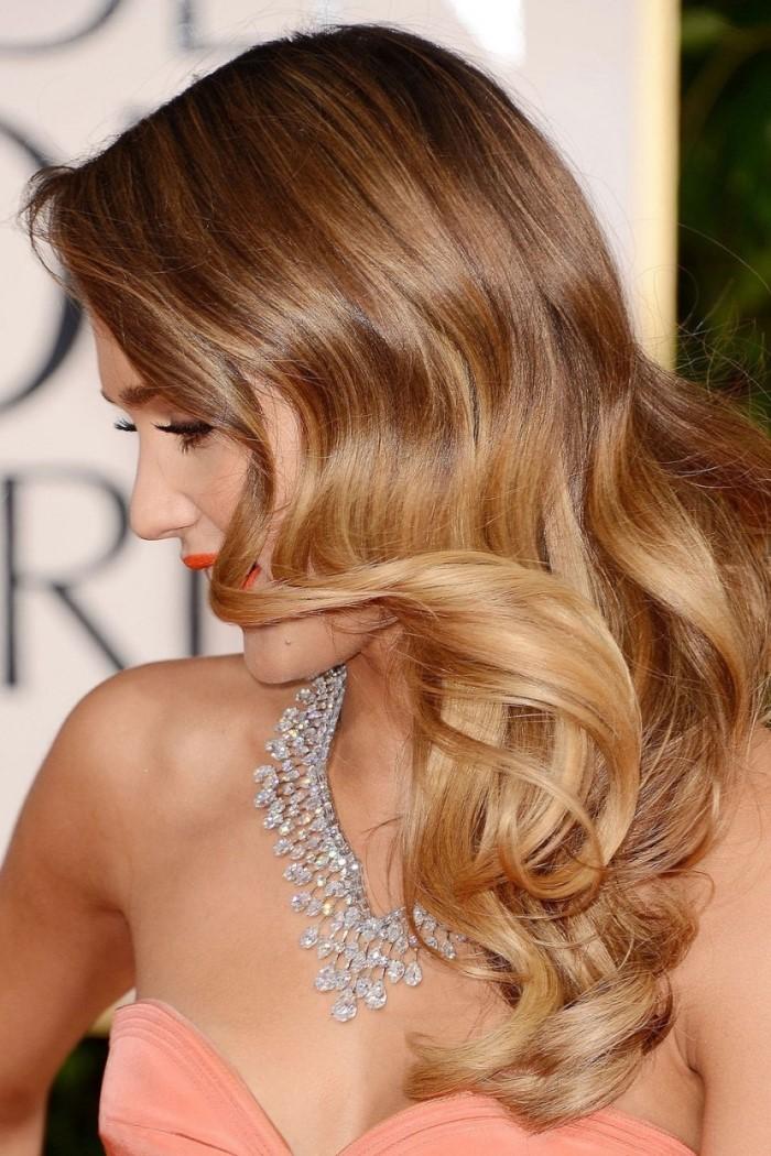 окрашивание модной стрижки с длинными волосами