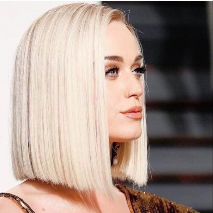 Стрижки на средние волосы 2018 года