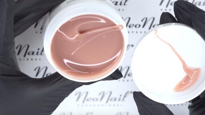 Пошаговое фото к инструкции по укреплению ногтей гелем под гель-лак: необходимые материалы