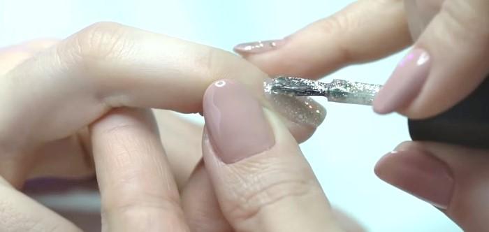 Урок по укреплению ногтей под гель-лак