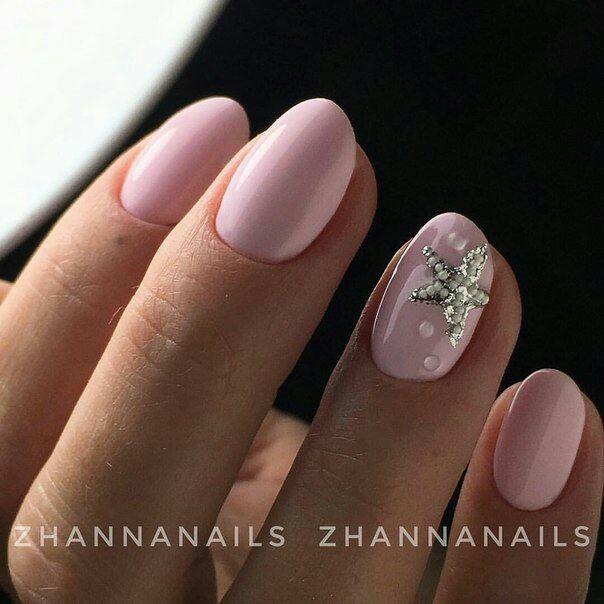 Маникюр на море для коротких ногтей