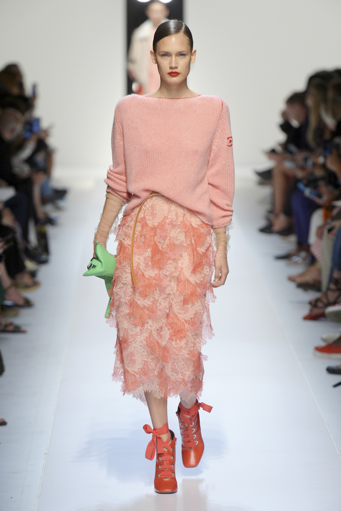 Модные цвета летних юбок