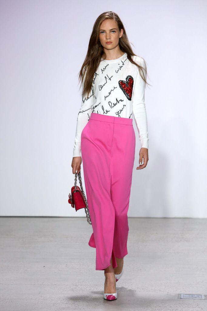 Модные цвета летних брюк