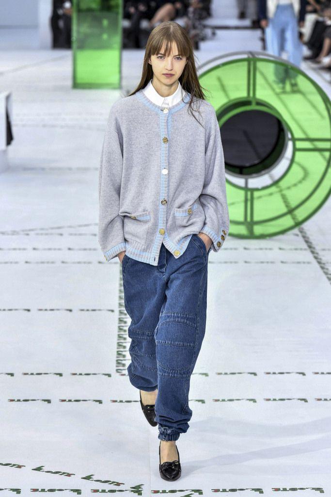 Модные брюки с манжетами