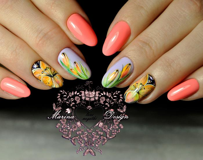 Персиковый маникюр