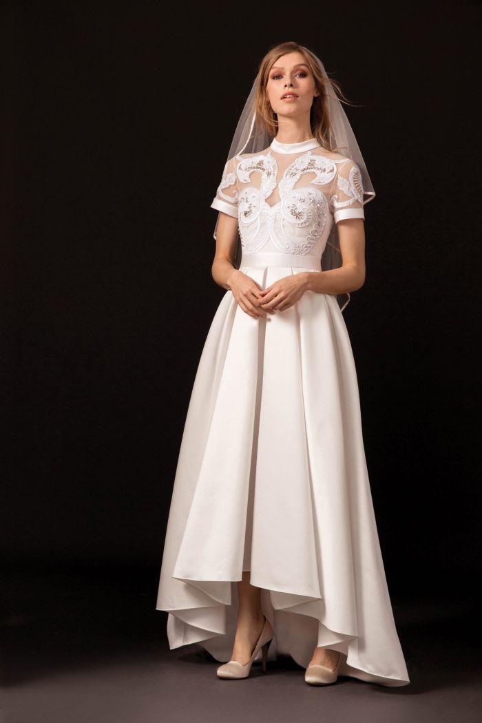 Модные белые платья с рукавами в стиле рустик и бохо