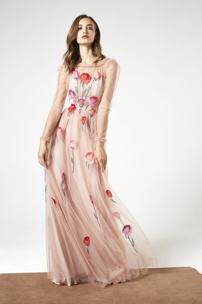 b61d74bf6ff 9 новинок летних платьев 2018  модные тренды сезона (фото)