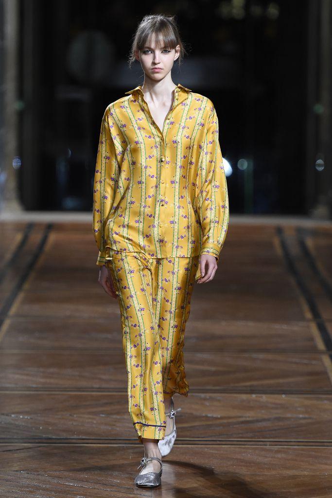 Летние женские костюмы: модные тенденции