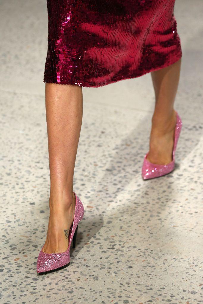 Модные цвета женской обуви на лето