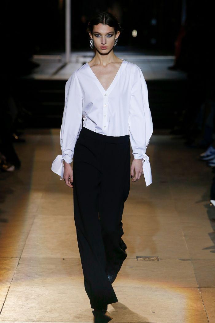 Модные женские брюки Carolina Herrera