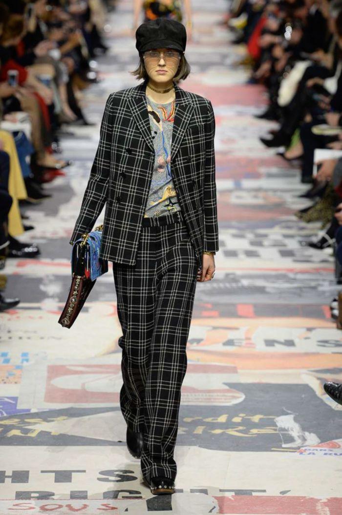 Модные женские брюки Christian Dior