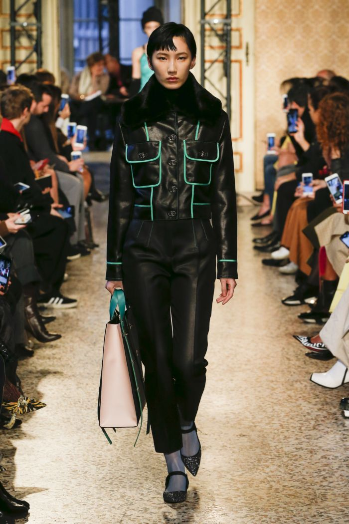 Модная куртка Emilio Pucci