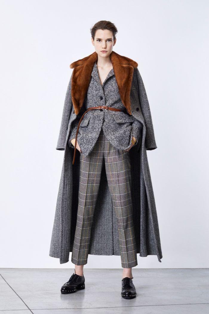 Модное пальто Ermanno Scervino