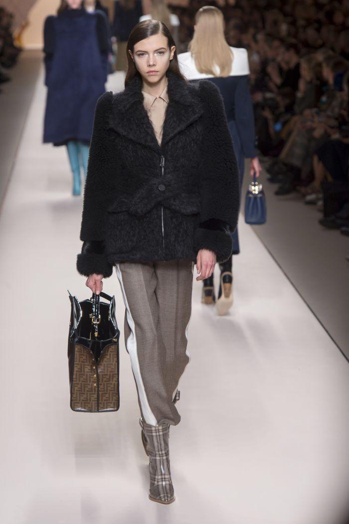 Модные женские брюки Fendi