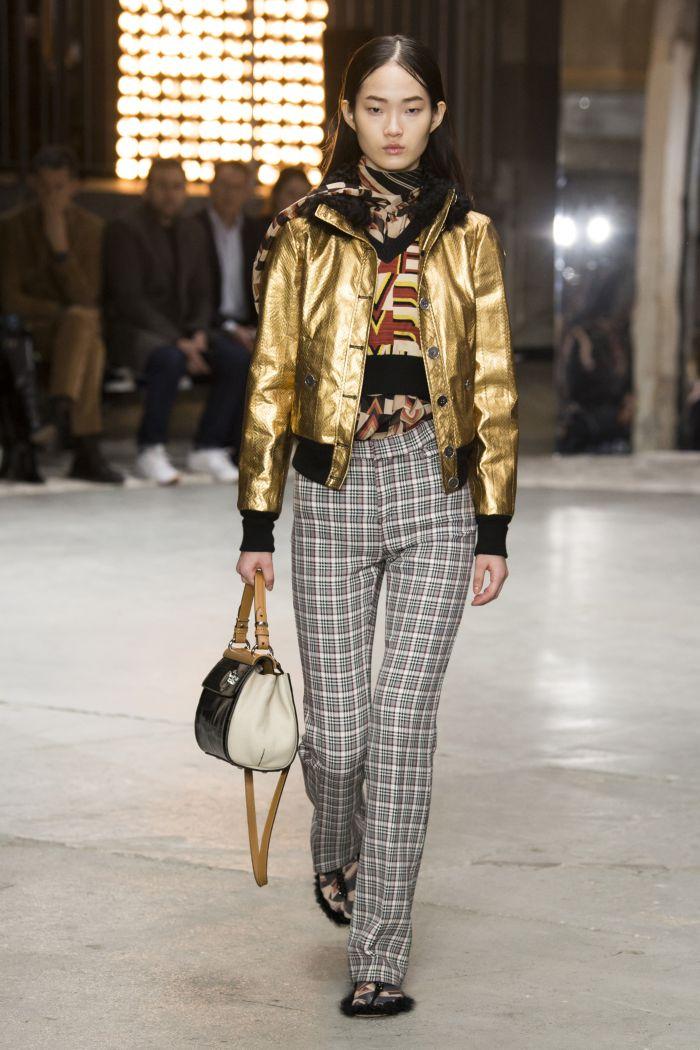 Модная серебристая куртка Giambattista Valli