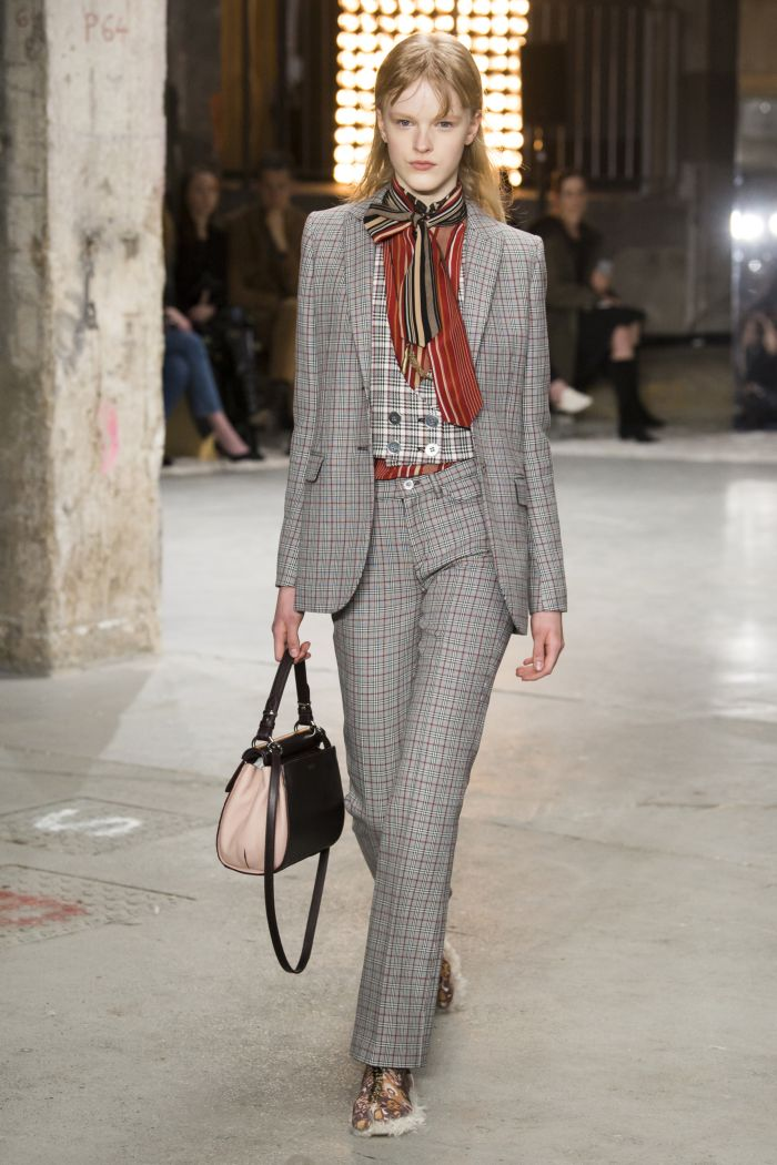 Модные женские брюки Giambattista Valli