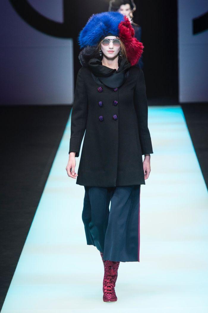 Модные женские брюки Giorgio Armani