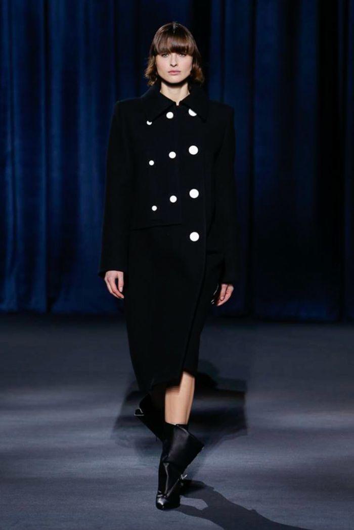 Модное пальто Givenchy