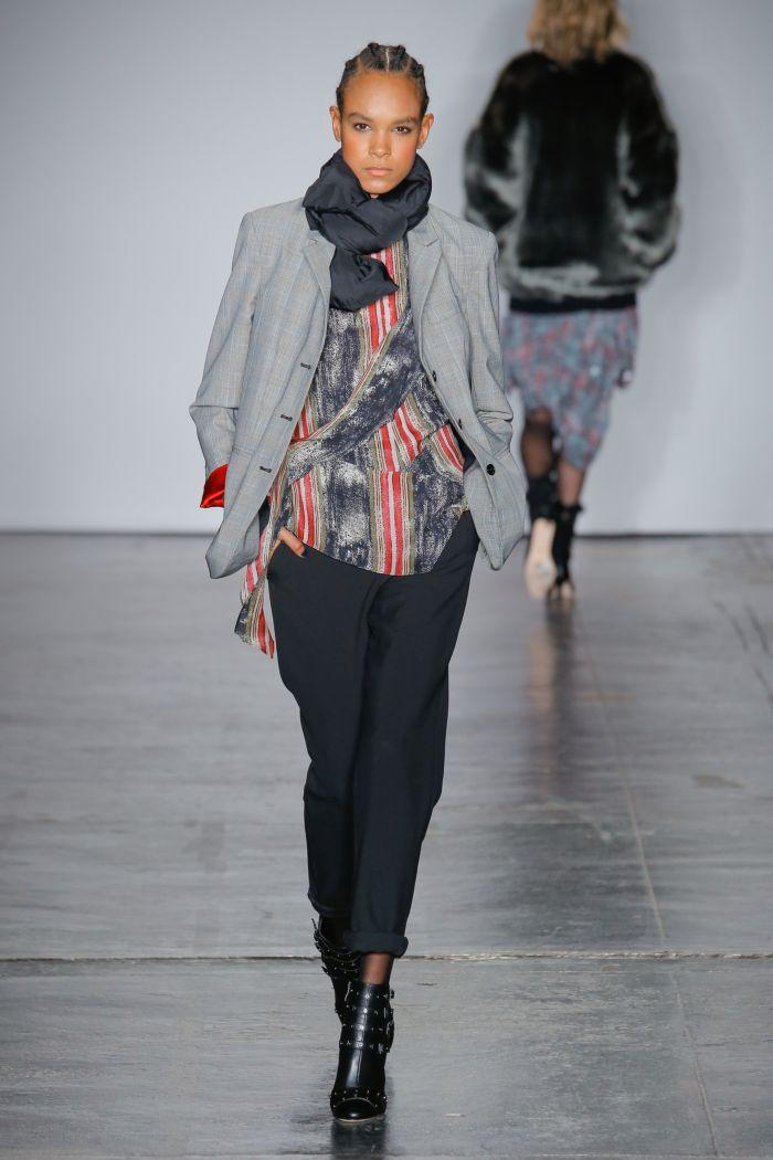 Модные женские брюки Nicole Miller
