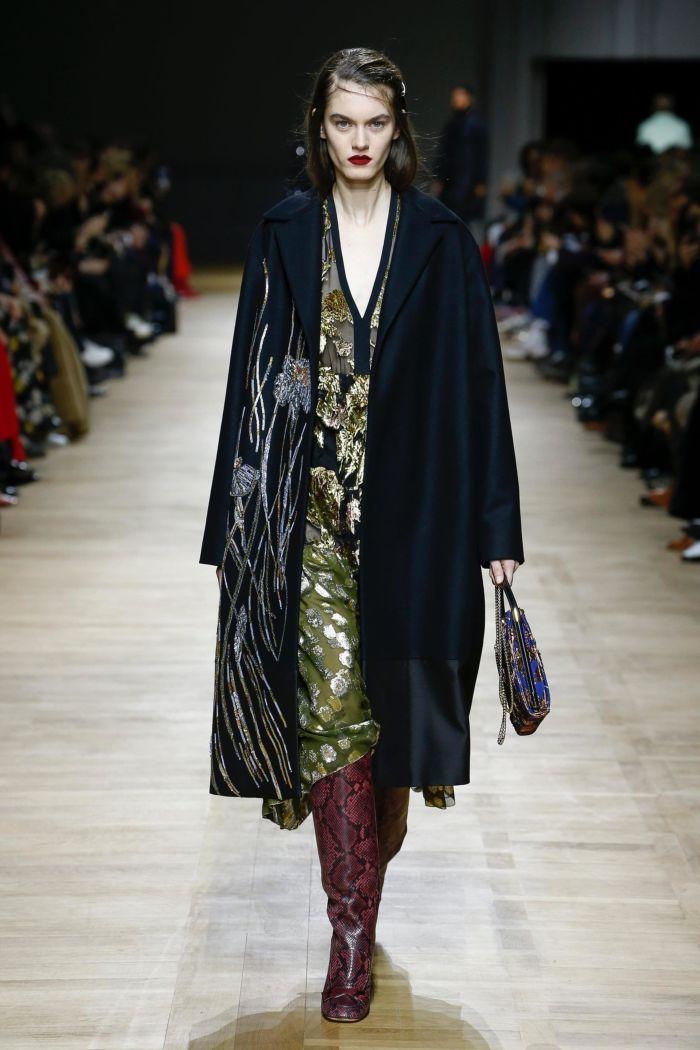 Модное пальто Rochas