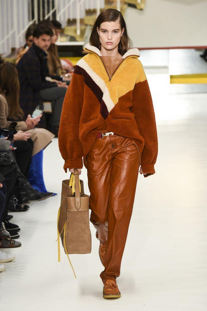 Модные женские брюки Tod's