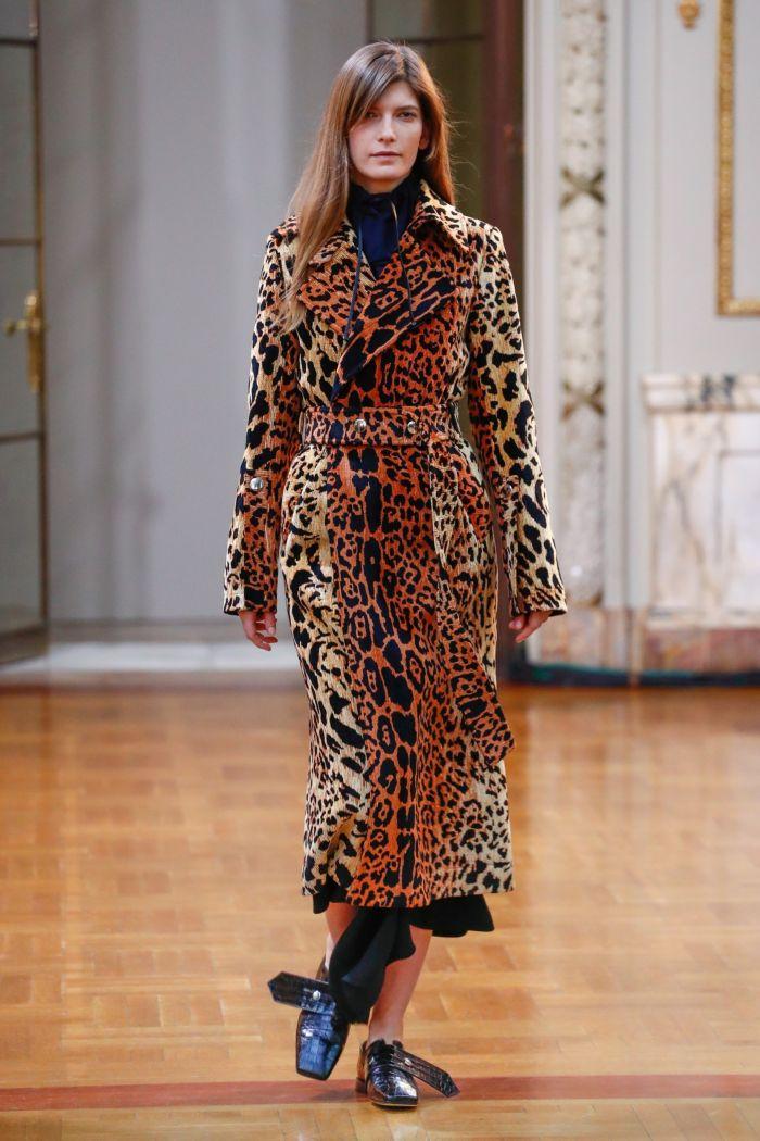 Модное пальто Victoria Beckham
