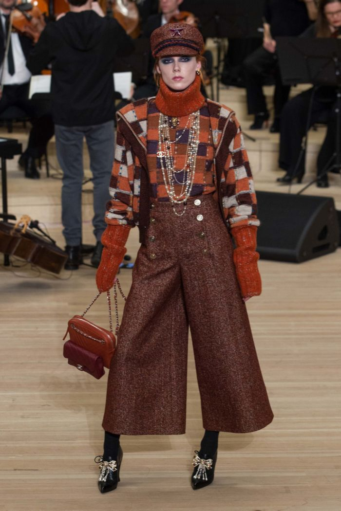 Модные женские брюки Chanel