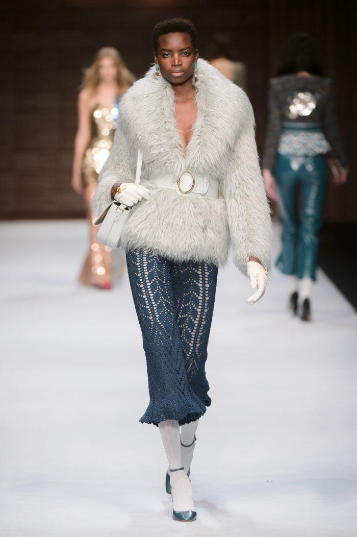 Модная шуба Elisabetta Franchi