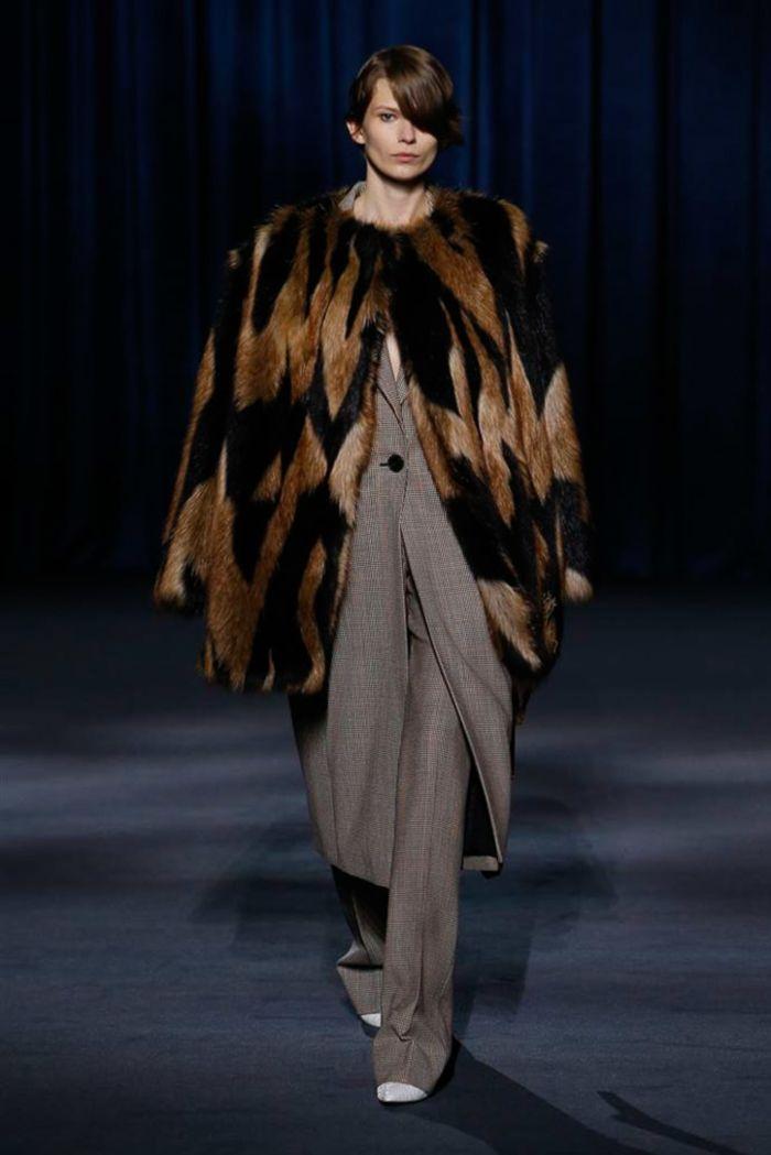 Модные шубы Givenchy