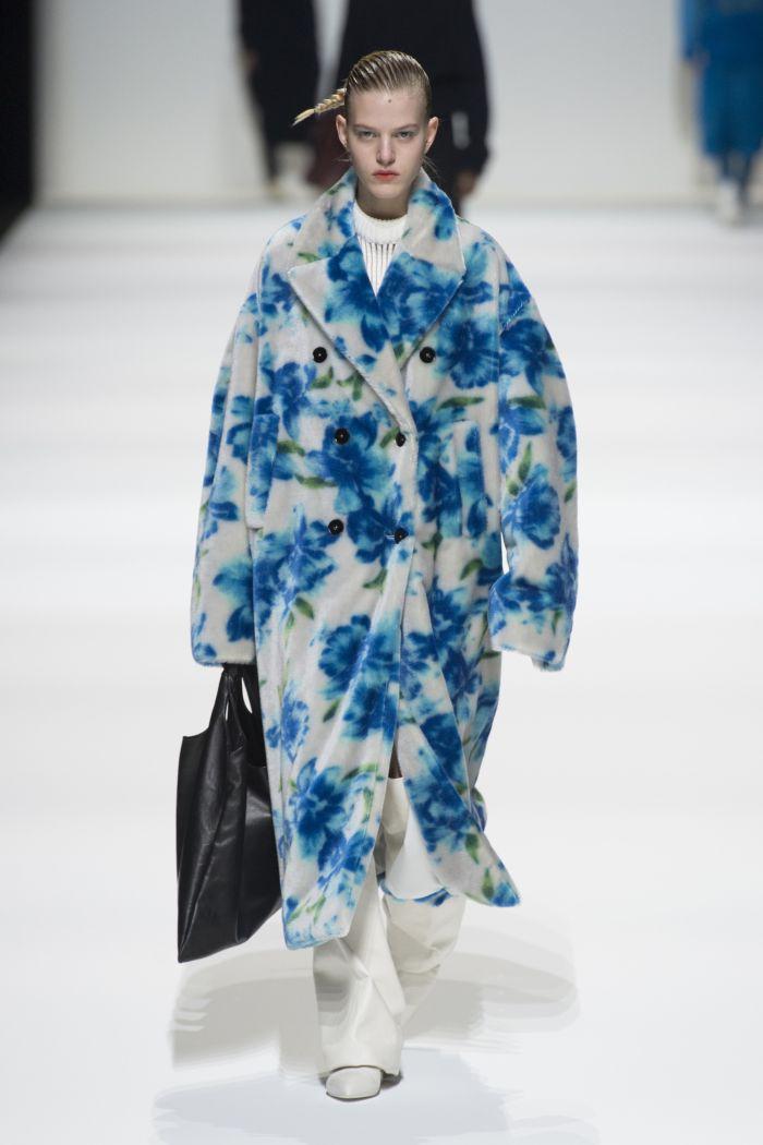 Модная шуба Jil Sander