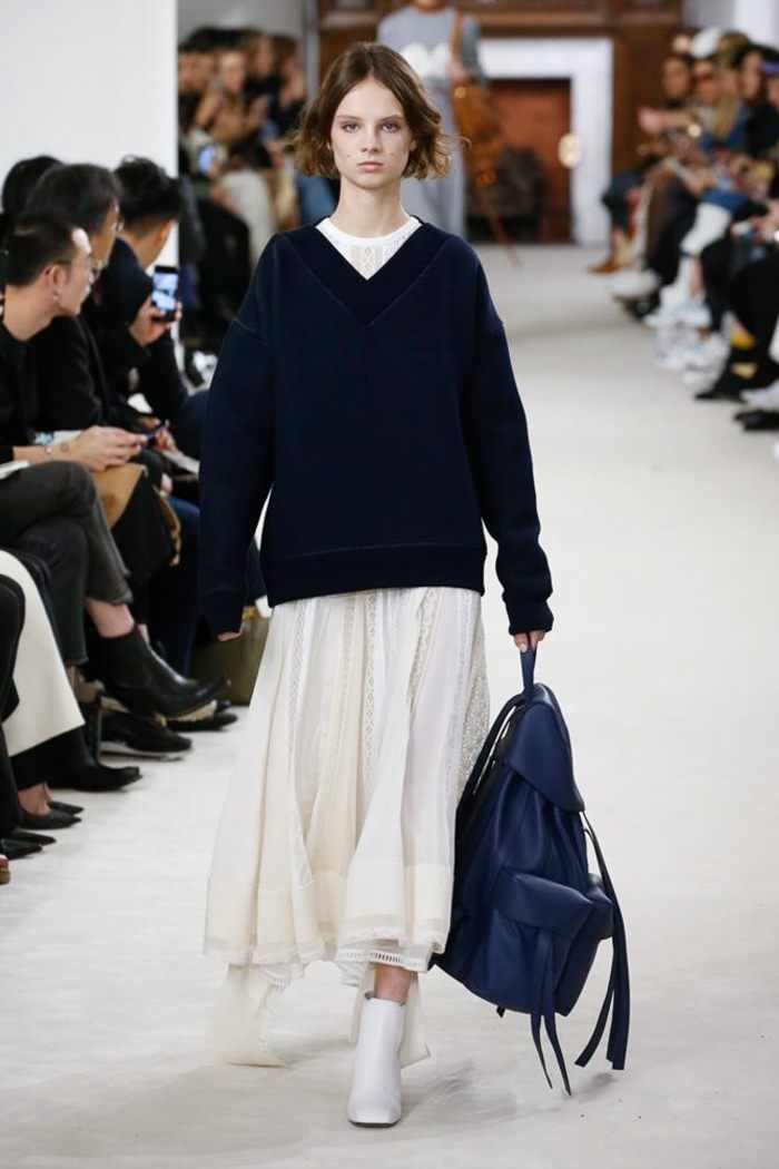 Белая юбка Loewe