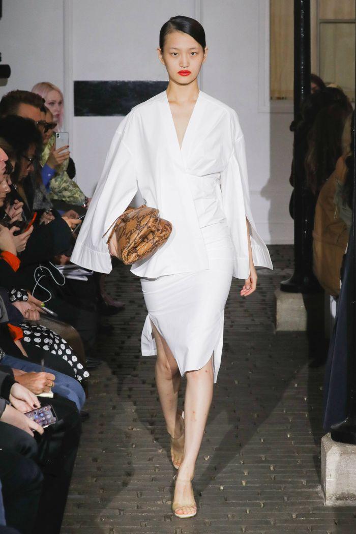 Модное платье 2019 весна-лето A.W.A.K.E.