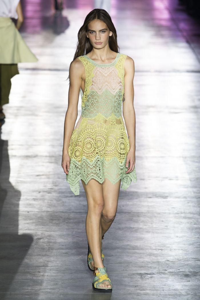 Модное платье весна-лето 2019 Alberta Ferretti