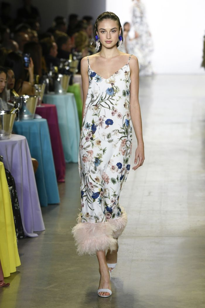 Модное платье 2019 весна-лето Badgley Mischka