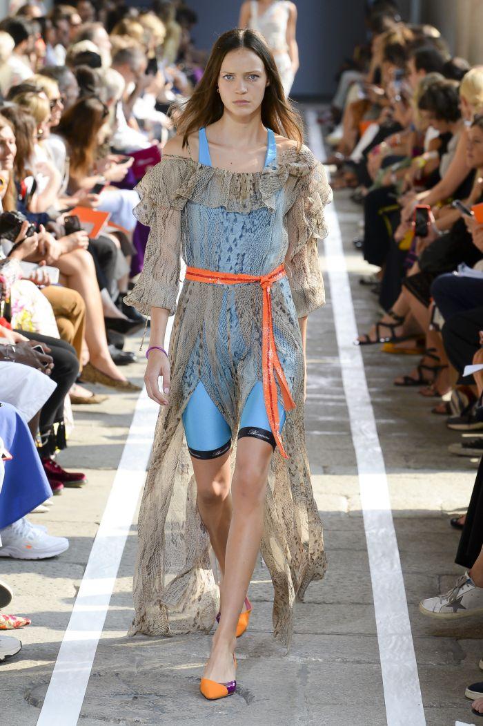 Модное платье 2019 весна-лето Blumarine