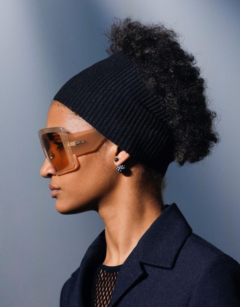 Модные женские головные уборы 2019 года. Christian Dior