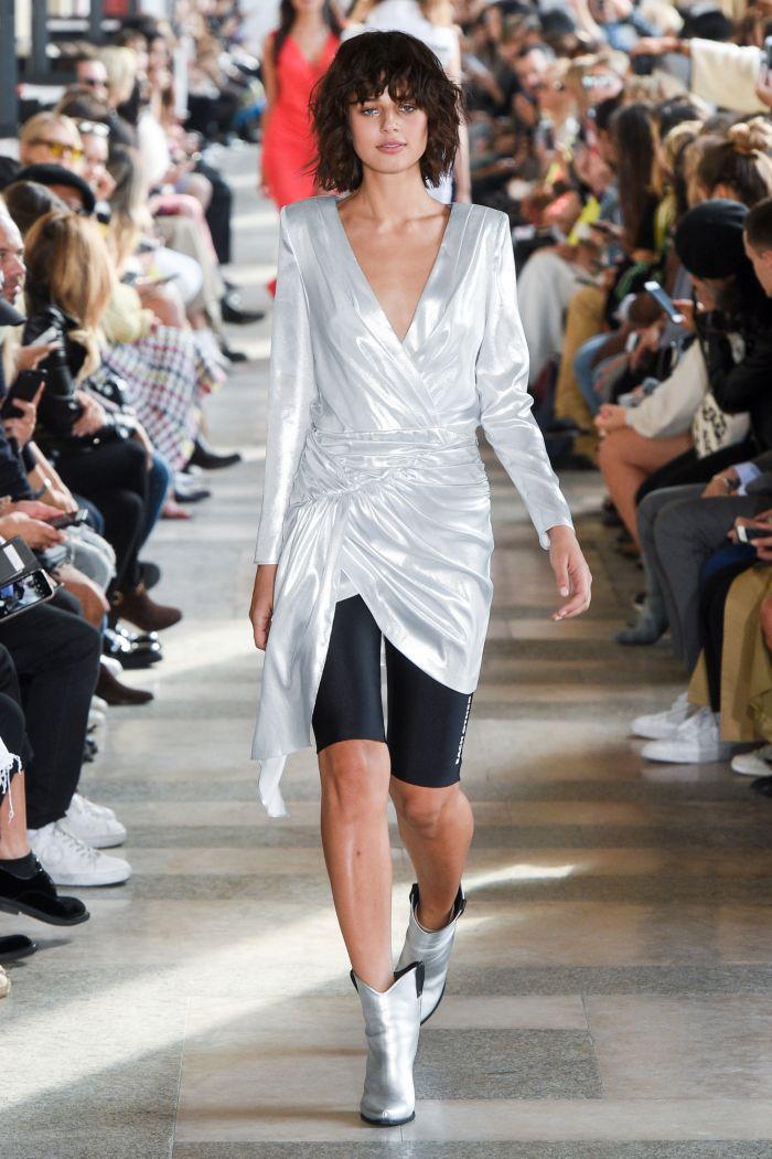 Модное платье 2019 весна-лето Each x Other