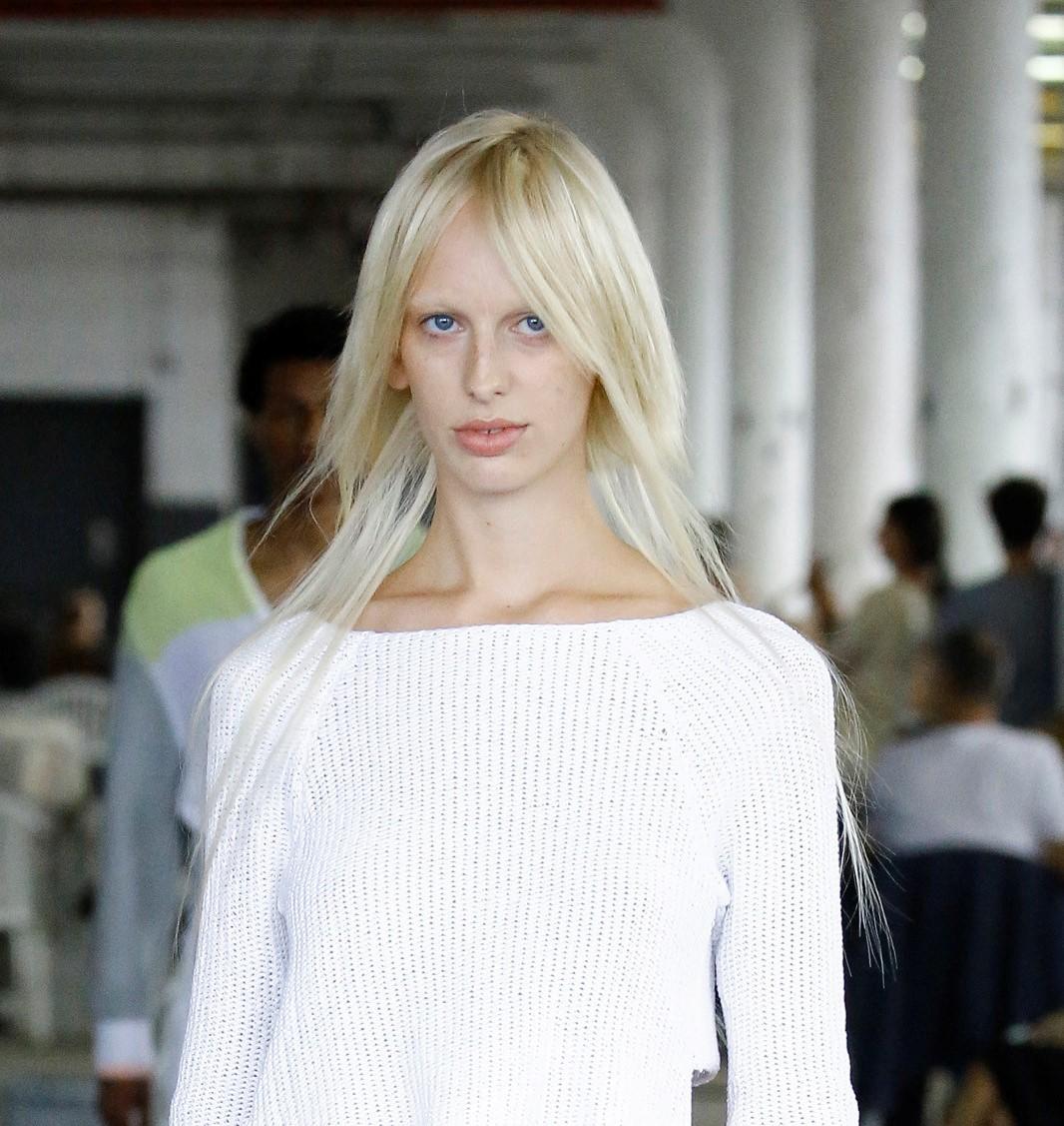 Модная женская стрижка 2019 года