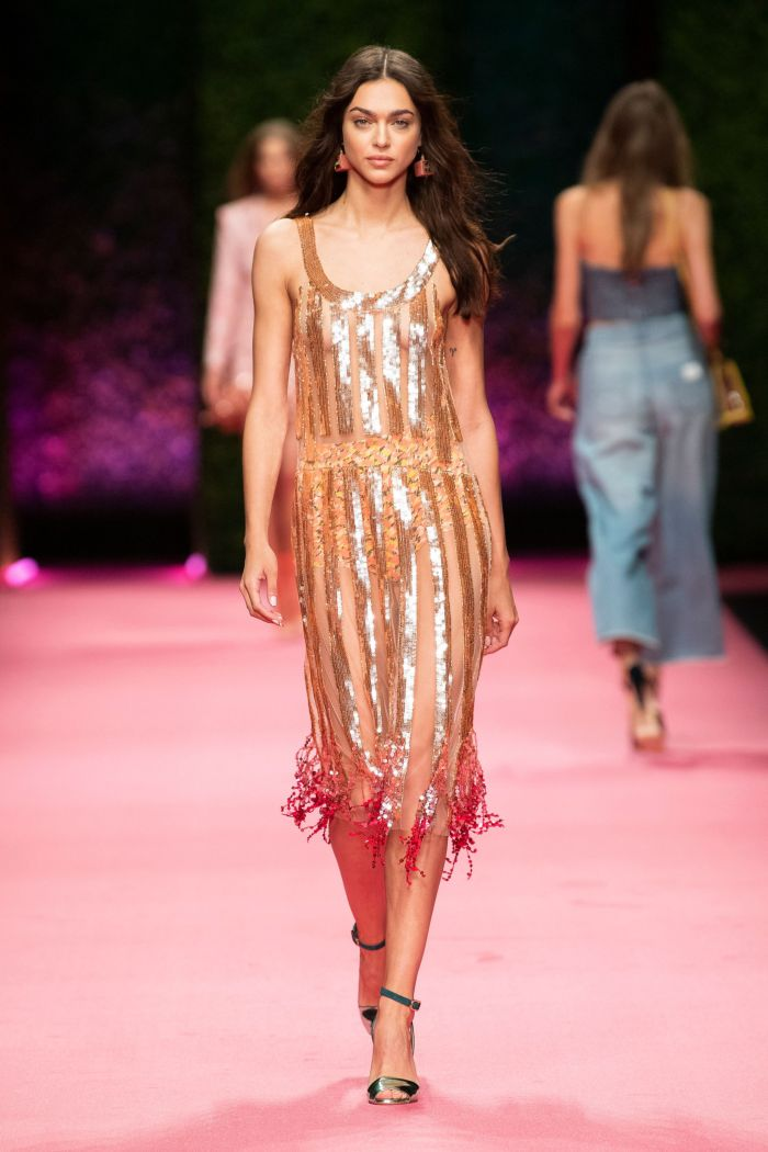 Модное платье 2019 весна-лето Elisabetta Franchi