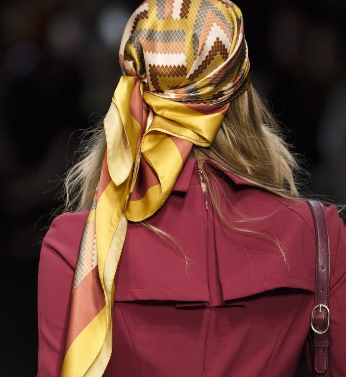 Модные женские головные уборы 2019 года. Elisabetta Franchi