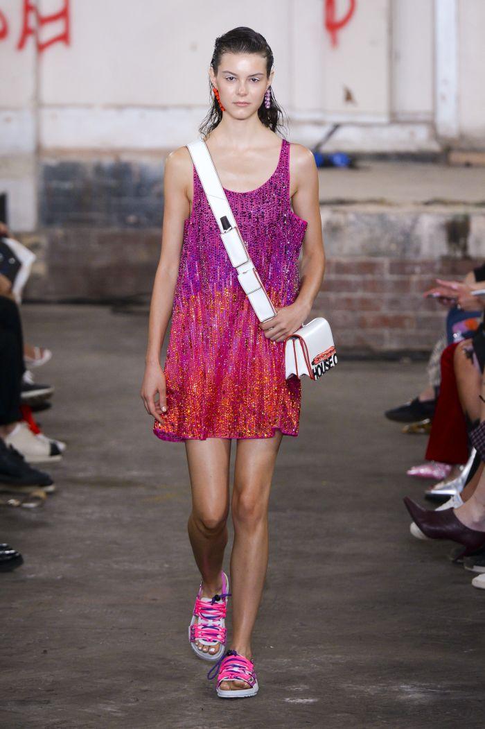 Модное платье 2019 весна-лето House of Holland