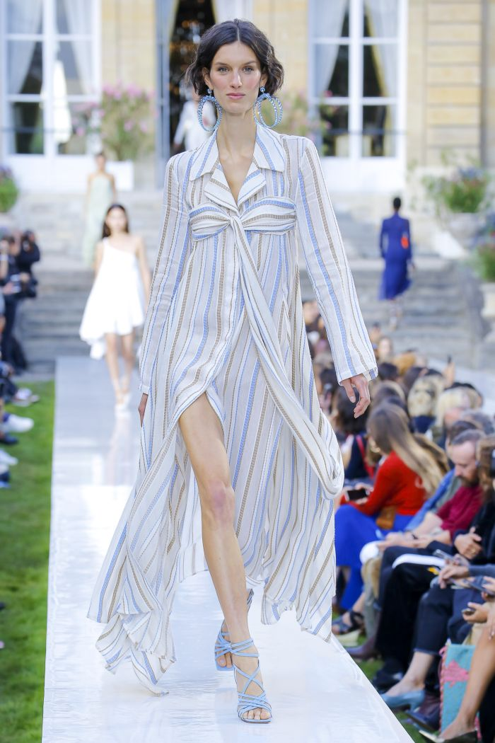 Модное платье 2019 весна-лето Jacquemus