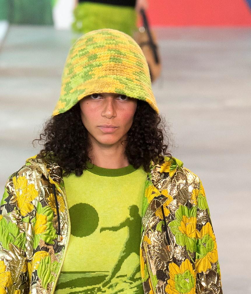 Модные женские головные уборы 2019 года. Michael Kors Collection