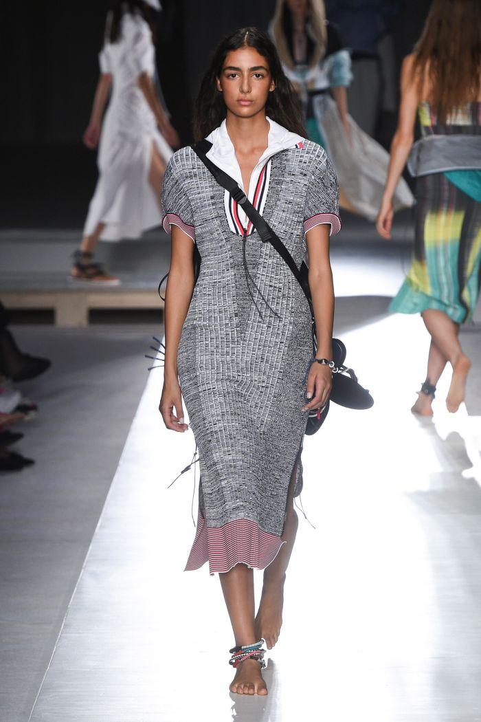Модное платье 2019 весна-лето Sportmax