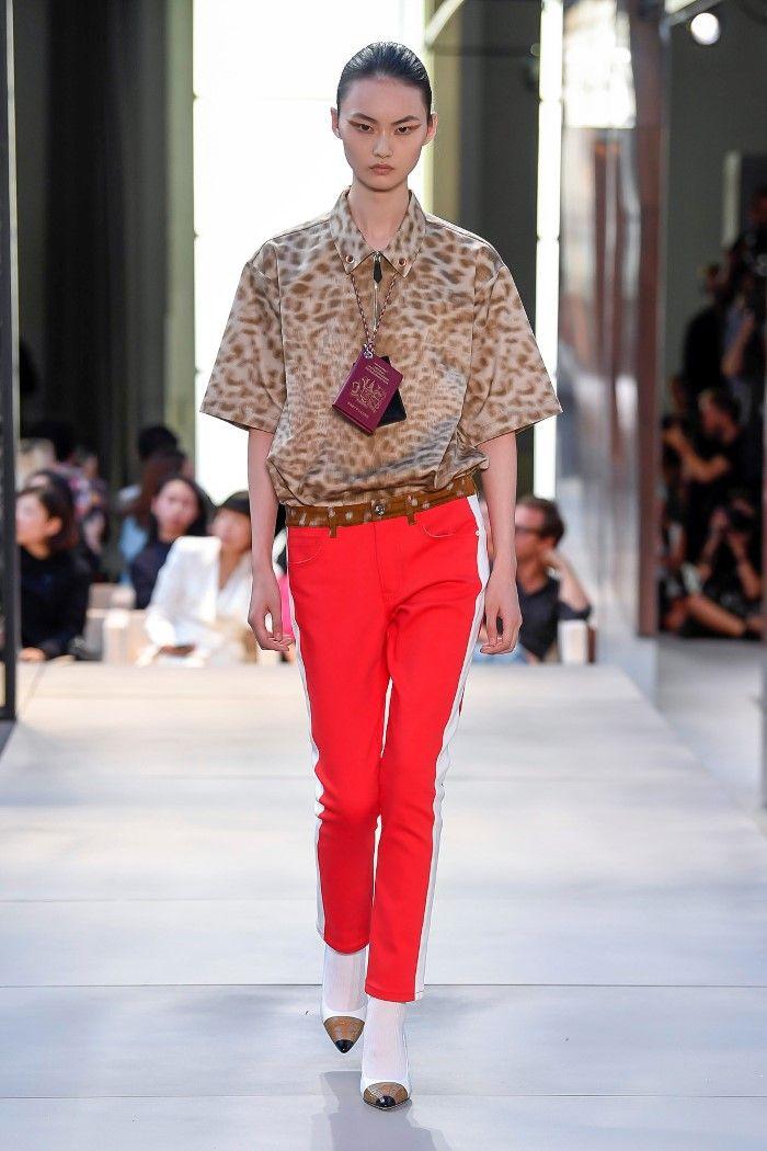 Модные брюки весна-лето 2019 из коллекции Burberry