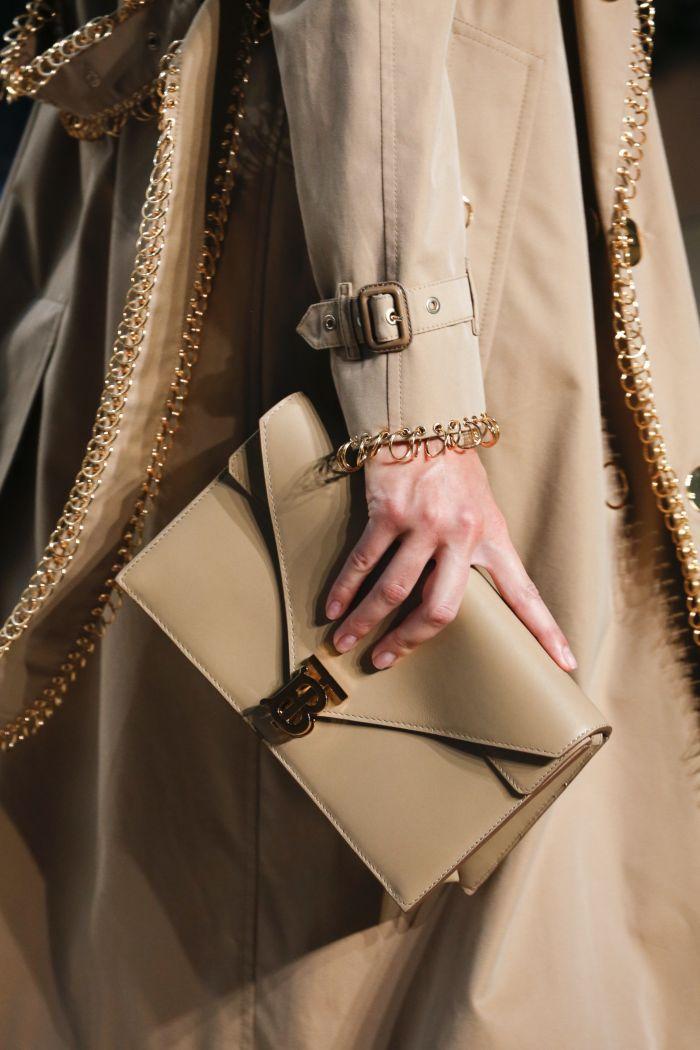 Модные цвета женских сумок 2019