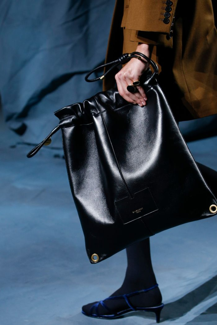 Модные босоножки Givenchy