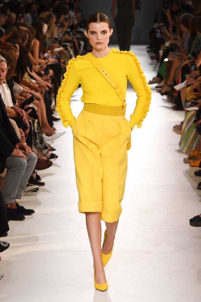 Модные брюки весна-лето 2019 из коллекции Max Mara