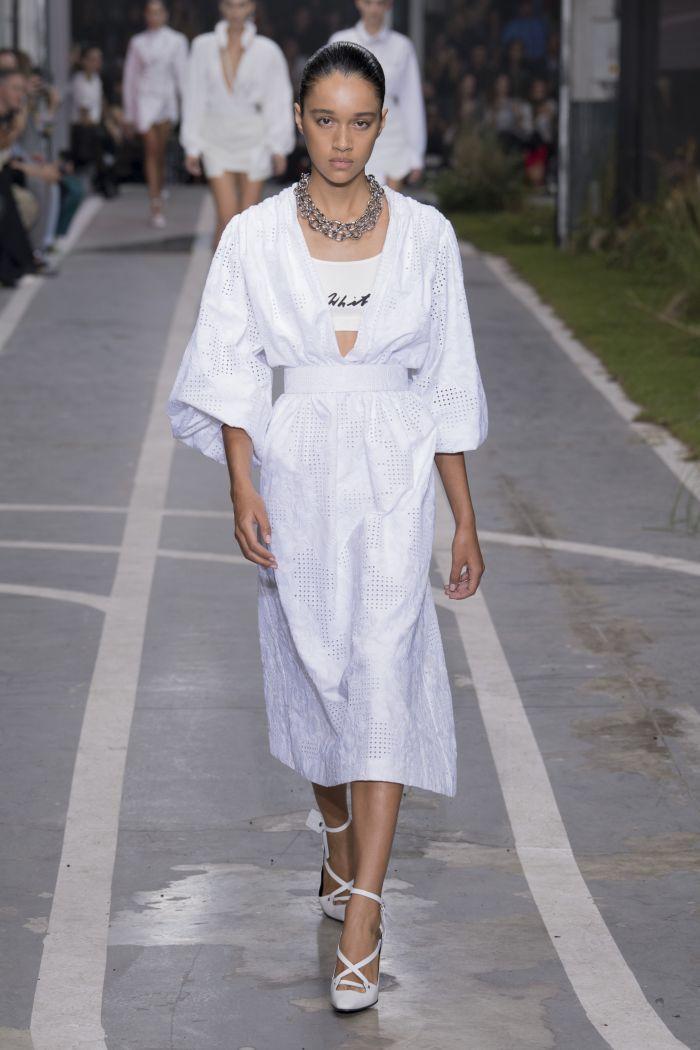 Модный плащ Off-White